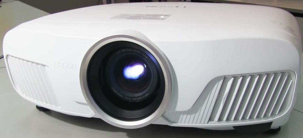 Epson EH TW7400 testsieger 1024x468 1